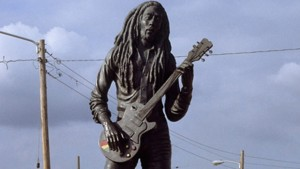 statues_marley